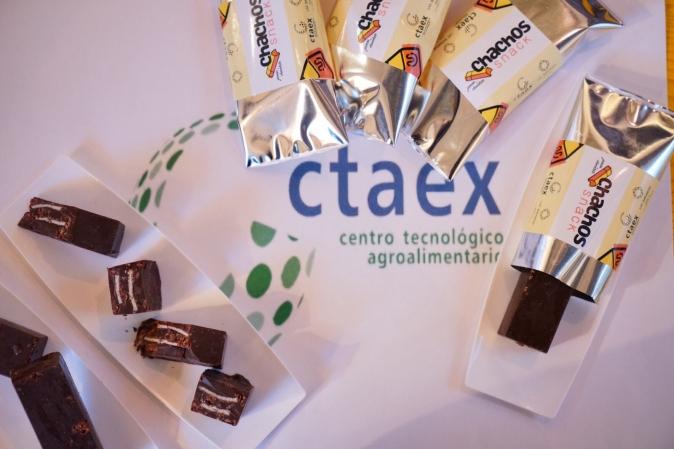 """CTAEX lleva al Salón de Gourmets sus """"chachos"""" y presenta nuevas formas de consumo de aceites de oliva"""