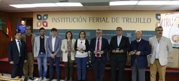 16 11 18 premio feria agroganadera Trujillo