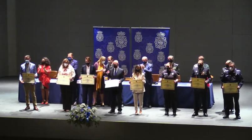 CTAEX recibe una mención honorífica de la Policía por su labor durante la pandemia